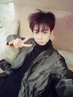 [01.12.16] Astro on twitter - EunWoo