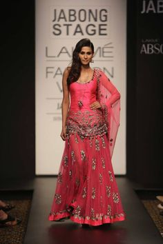 Arpita Mehta ... love this look