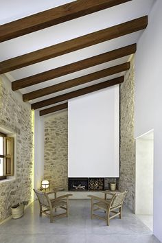 Can Manuel d'en Corda is a contemporary remodel and extension of a traditional stone wall house by Marià Castelló Martínez, on Formentera Island, Spain. Rustic Contemporary, Contemporary Architecture, Interior Architecture, Interior And Exterior, Interior Design, Stone Interior, Vernacular Architecture, Modern Rustic, Stone Houses