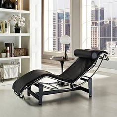 Le Corbusier Style White Genuine Leather Chaise Lounge - Overstock Shopping - Great Deals on Lexington Modern Living Room Chairs Más Chaise Lounges, Lounge Chairs, Side Chairs, Modern Furniture, Furniture Design, Pipe Furniture, Furniture Chairs, Leather Lounge, Living Room Chairs