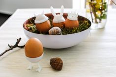 Decorating eggs: 4 original 3D printing ideas to fill up your Easter basket | #vectary