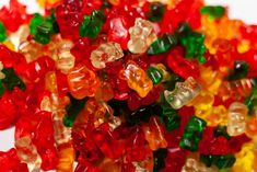 Some of the popular cannabis edibles out there are weed gummy bears. This is the best weed gummy bear recipe and one of the easiest weed gummy bear recipes Weed Recipes, Marijuana Recipes, Drink Recipes, Buy Edibles Online, Cannabis Edibles, Gummy Bears, Jelly Beans, Confectionery