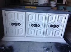 Painted by Knobs and Knockers in McKinney, TX Annie Sloan..Pure White,
