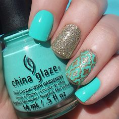Freehand Moroccan Turquoise and gold Quatrefoil mani today using @chinaglazeofficial Too Yacht To Handle, @zoyanailpolish Tomoko, all topped with a coat of @sechenails Seche Vite. Detail was done using gold polish and a thin brush. ❕Also, I changed my username to @nailsbycambria because this will be a nails only account Inspired by @amyytran  #amyytran China Glaze and SecheVite are from @hbbeautybar
