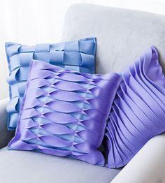 Pillows of felt