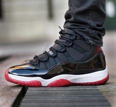 Jordan Shoes For Men, Air Jordan Shoes, Retro Jordan Shoes, All Nike Shoes, Hype Shoes, Sneakers Nike, Nike Air Jordans, Jordans For Men, Cool Jordans