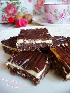 Gabriella kalandjai a konyhában :) Hungarian Desserts, Hungarian Recipes, Sweets Recipes, Cookie Recipes, No Bake Cake, Cake Cookies, Food To Make, Bakery, Sweet Treats
