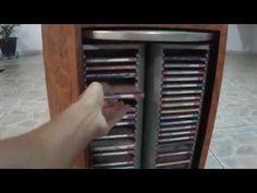 Porta cds giratório e gatinha - YouTube