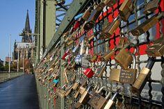 Liebes Schlösser an der Hohenzollern Brücke