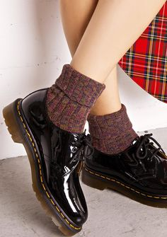Dr. Martens 1461 3 Eye Shoes cuz every rude gal needs sum classikk kicks. These perfect flats feature a slick black 100% leather patent construction that mold 'N molds with yer feet, thick treaded soles, cushioned footbed, signature yellow stitching, and chic short lace-ups.
