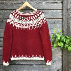 Telja pattern by Jennifer Steingass – Knitting patterns, knitting designs, knitting for beginners. Fair Isle Knitting Patterns, Fair Isle Pattern, Sweater Knitting Patterns, Knitting Charts, Knitting Designs, Knit Patterns, Free Knitting, Norwegian Knitting, Icelandic Sweaters