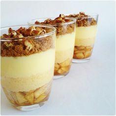 appel trifle Trifle Desserts, Mini Desserts, Christmas Desserts, Dessert Recipes, Apple Recipes, Sweet Recipes, True Food, Le Diner, Sweet Sauce