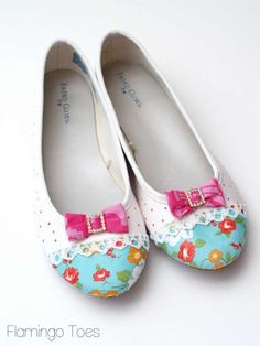 These started as a basic white pair of flats from WalMart!  Adorable shoe makeover via Flamingo Toes!