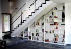 rangement sous escalier Ikea à plusieurs unités pour les grands espaces