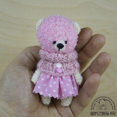 Вязаные брошки. Мишка розовая