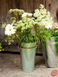 1000+ images about FLOWER ARRANGING CLUB on Pinterest  Flower arrangements, ...