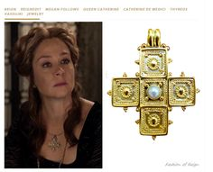 Queen Cathrine of @CW @REIGN wears @thyreosvassiliki handmade @gold18k Cross with @pearls !! Special thanks to @meredith_costumes  @reign @jewellerylove @goldjewelry @goldfever