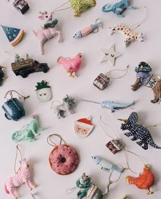 HOLIDAY GIFT GUIDE: Ornaments!