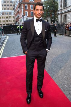 Be the most stylish man at your next black tie event like @DGandyOfficial: http://gq.uk/hlOXd7