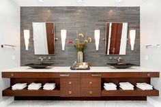 Naturstein Wand Waschtischanlage zwei Spiegel