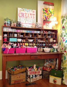 Would love a corner / desk designated for crafting / art