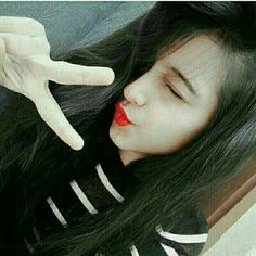 Stylish girl for whatsapp dp Simple Girl Image, Lovely Girl Image, Beautiful Girl Photo, Cute Girl Photo, Girls Image, Cute Baby Girl Pictures, Cute Girl Poses, Girl Photo Poses, Girly Pictures