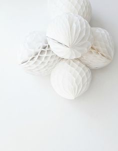6pcs Mixed 2-Size White Tissue Paper Honeycomb poms ball Flower Wedding Birthday Party Baby Room Decroation