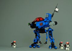 There's nowhere in space you can hide from Tim Goddard's fearsome police mech S Brick, Lego Brick, Cool Lego, Cool Toys, Lego Space Police, Lego Robot, Lego Mechs, Lego Photography, Lego Design
