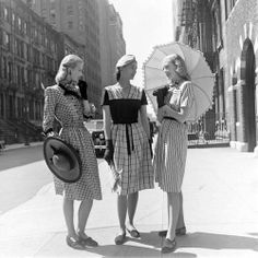 Don't you wish style in the 1940's could come back?