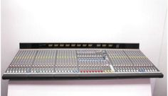 Allen&Heath GL4000 840 c блоком питания RPS11 Многофункциональный пульт - он может использоваться как микшер FOH, как мониторный пульт, или комбинированный. 40 каналов. 3000$