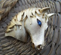 Vintage Crown Trifari Goldtone Horsehead Brooch Pin Blue Rhinestone Eyes Signed | eBay