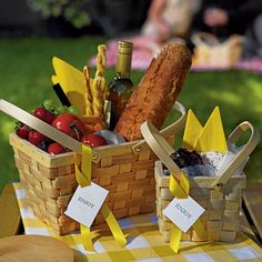 Add a bit of summer fun with the Picnic Basket Party Favor. Perfect for flowers, home-made treats, or anything else you can dream up. Add charm to any party, wedding, birthday or event with this dynamic favor that will give your guests a reason to smile. Great for weddings, corporate picnics, welcome bags, birthdays and family reunions. Pair it with the Mini Woven Picnic Basket Favor or the slightly smaller Medium 6 Inch Picnic Basket Decoration. Details: Size: 10'' x 7'' x 6'' H Note: Other…