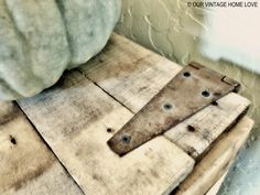our vintage home love: Rustic Pallet Bench