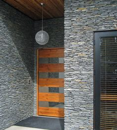 Entrance/Home Exterior: Westcoast, MICROLEDGE - Pangaea® Brand_Natural Stone Veneer