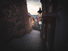 I surprise myself sometimes how you can save some photos #lookaround #igers #igersczech #czechgram #thisisczech #igersoftheday #igersdaily #daily #dailypost #iglifecz #serialtraveler #exklusive_shot #beautifuldestinations #visualoftheday #ig_czech #kings_villages #agameoftones #prague #staircase #towers #lamppost #tunnelvision #moody