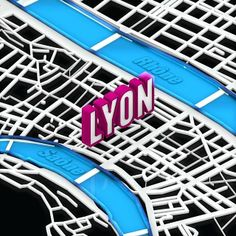 Day 2 of #30daysofisometric #isometric #isometrics #challenge #lyon #map #saone #rhone