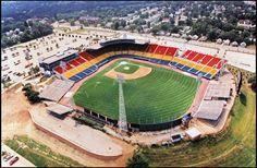 1994 aerial photo of Rosenblatt Stadium in Omaha. JAMES R. BURNETT/THE WORLD-HERALD