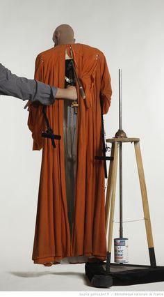 Fonds Georges Lafaye. III. Spectacles de marionnettes. Antigone (1984, Lafaye), Créon