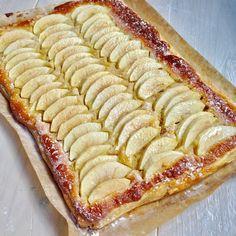 Easy Almond & Apple Tart