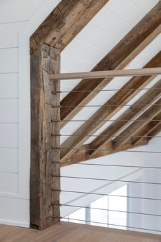 Reclaimed Wood Rounds Out This Avalon, New Jersey Shore House Wood Celing, Vaulted Ceiling Decor, Faux Ceiling Beams, Shiplap Ceiling, Faux Wood Beams, Ceiling Design, Vaulted Living Rooms, Hand Hewn Beams, Cottage Design