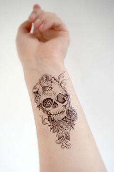 Skull Temporary Tattoo - Skull, Black and White, Spring, Accessories, Large tattoo Schädel-Tätowieru Forearm Tattoos, Body Art Tattoos, New Tattoos, Tattoos For Guys, Cool Tattoos, Maori Tattoos, Tatoos, Tattoo Thigh, Tattoo Ink