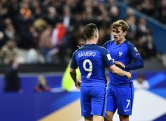 France's forward Antoine Griezmann (R) celebrates with France's forward Kevin Gameiro after scoring during the FIFA World Cup 2018 qualifying football match France vs Bulgaria on October 7, 2016  at the Stade de France stadium in Saint-Denis, north of Paris.   / AFP / MIGUEL MEDINA