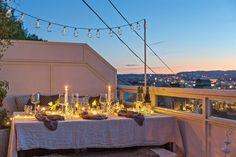 (3) BO HØYT OG FRITT I EKEBERGSKRENTEN: Nydelig 2-roms med 15,6 kvm vestvendt takterrasse med rå utsikt! - Lekre detaljer - Mulighet for P-plass - Lave f.kost - Nærhet til marka og sentrum! | FINN.no Real Estate, Table Decorations, Home Decor, Rome, Homemade Home Decor, Real Estates, Decoration Home, Dinner Table Decorations, Interior Decorating