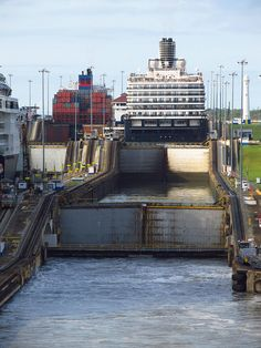 Panama Canal: Gatun Locks been here. Very long but a fascinating process.
