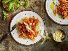 Lammesugo Spaghetti, Pasta, Ethnic Recipes, Food, Inspiration, Wood, Italia, Biblical Inspiration, Essen
