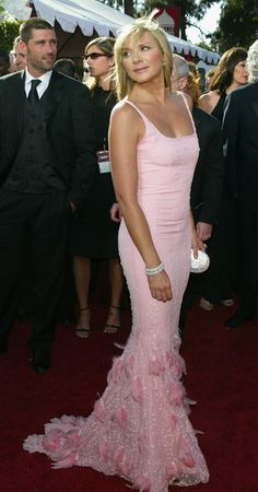 Kim Cattrall Photos Photos - Kim Cattrall nominated for Outstanding Supporting Actress in a Comedy Series for 'Sex and the City' attends the 56th Annual Primetime Emmy Awards at the Shrine Auditorium September 19, 2004 in Los Angeles, California. - 2004 Primetime Emmy Awards - Arrivals