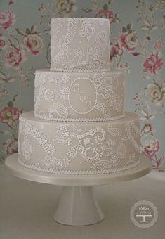 Paisley lace wedding cake | Flickr - Photo Sharing! #laceweddingcakes #weddingcakes