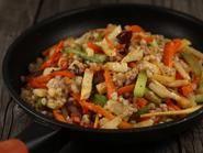 Kung Pao Chicken, Paella, Ethnic Recipes, Food, Salads, Essen, Meals, Yemek, Eten