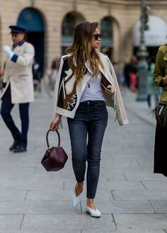 11 Petite Style Tips From Fashion Girls Who Are Actually Short 11 Petite Style-Tipps von Mode-Mädche Estilo Fashion, Fashion Mode, Petite Fashion, Curvy Fashion, Look Fashion, Girl Fashion, Fashion Outfits, Womens Fashion, Fashion Trends