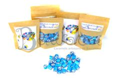 Como en BAWACA no siempre son bodas fantásticas, os enseñamos los detalles que también podéis hacer para un cumpleaños: Mirad que detallazo para el cumple de la pequeña ONA!  Sus padres vieron que juntando el arte del caramelo con el de la acuarela tendrían un resultado espectacular! Quieres los tuyos? Pídelos en: www.bawaca.com // bawaca@bawaca.com // 931640495